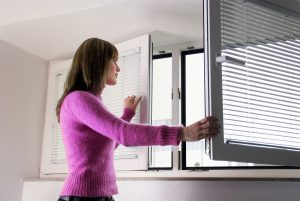 Как избавиться от запаха гари в квартире