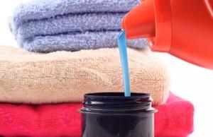 Жидкий стиральный порошок: что лучше и куда заливать в стиральной машине?