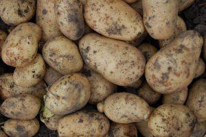 Как чистить картошку
