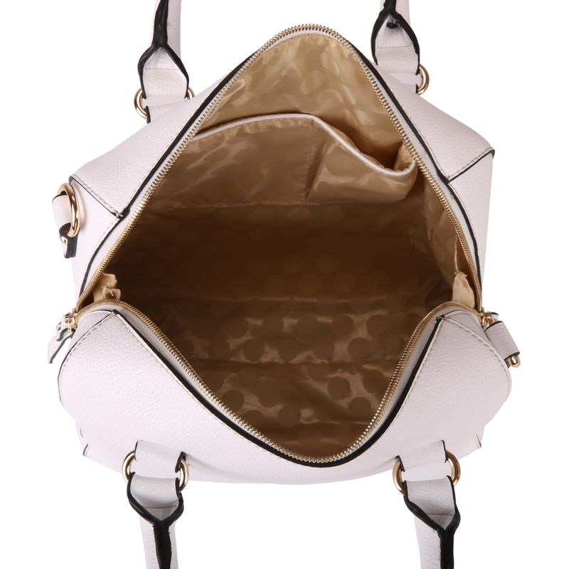 564fa131b85c Как почистить белую кожаную сумку 👝 и куртку в домашних условиях