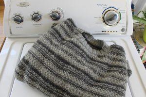 Machine-washing-knits