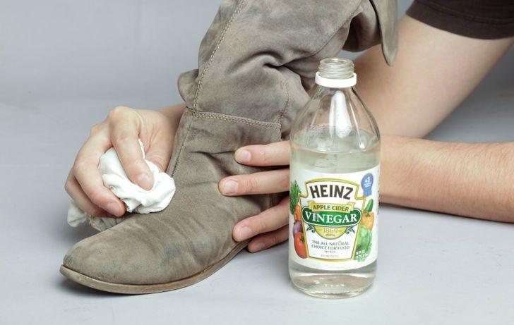 c5fea4571 Как и чем почистить замшевые сапоги в домашних 🏘 условиях от соли ⑇