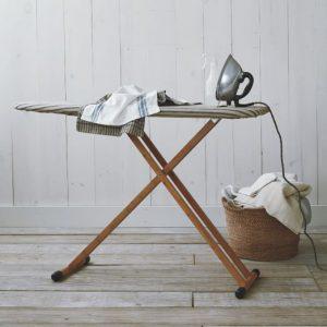 Как выбрать гладильную доску для дома: какие лучше и как подобрать размеры?