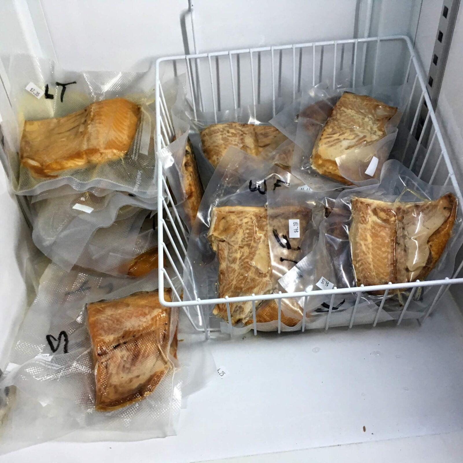 Как хранить скумбрию холодного копчения в домашних условиях